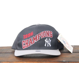 check out 07d5b 6b2dc Vintage 90 s Deadstock NWT New York Yankees 1996 World Series Champs  Baseball MLB Snapback Hat Baseball Cap