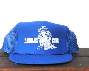 b9105aa1fe2 Vintage Trucker Hat Snapback Hat Baseball Cap Harold s Club Casino Reno  Nevada Covered Wagon Gambling