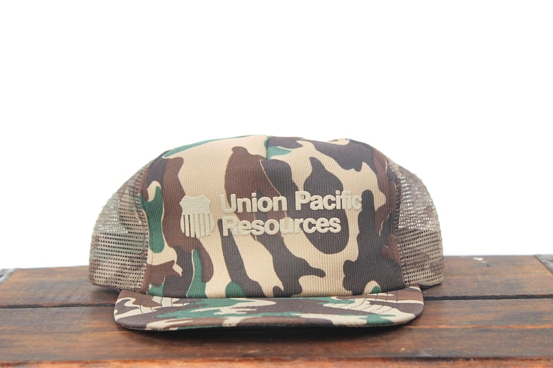 02716181a Vintage Trucker Hat Snapback Hat Baseball Cap Union Pacific Resources  Freight Train Railroad Camo Camouflage Made In USA pxq