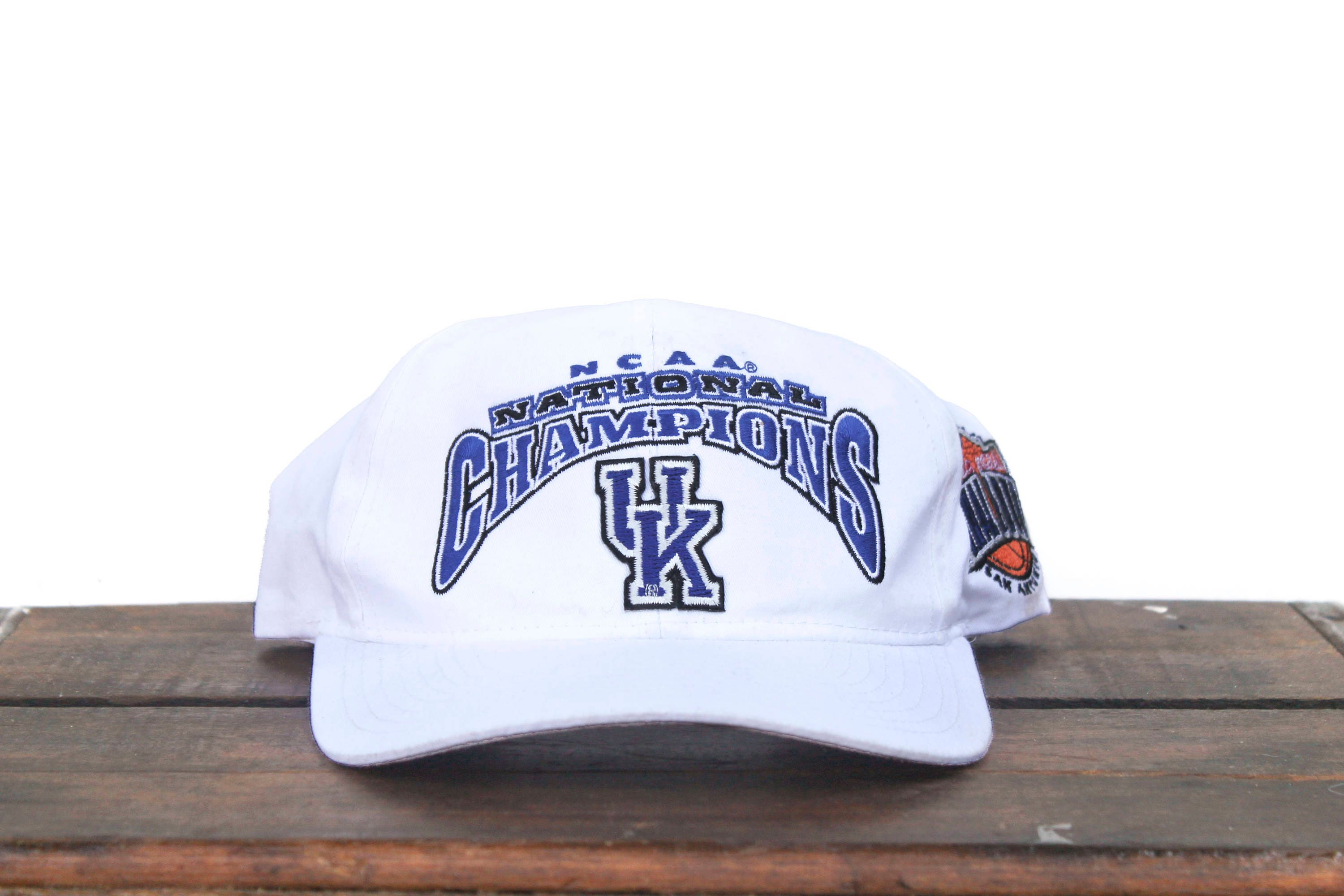 Vintage 90 s UK University of Kentucky Wildcats NCAA  2d6f4e24cbb5c
