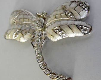 dragonfly with crystals. rhinestones, craft supplies, jewelry making, brooch making, vintage jewelry supplies, pendant supplies