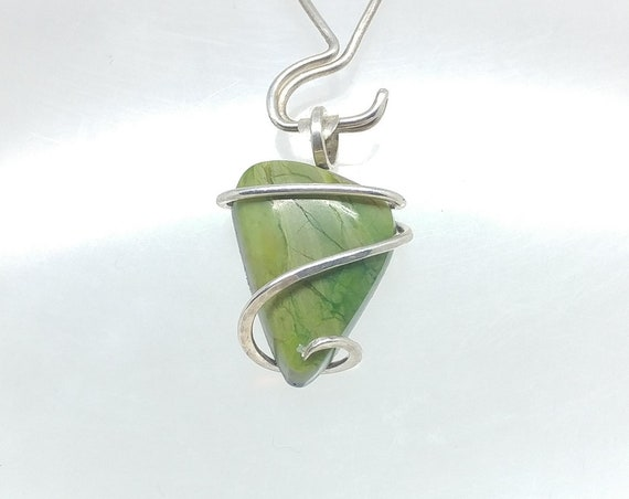 Chrome Green Gaspite Stone Pendant | Sterling Silver Pendant Necklace for Girlfriend | Simple Green Stone Jewelry