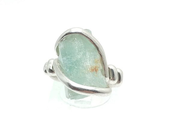 Raw Uncut Bright Blue Aquamarine Crystal Stone Ring Sz 7.75 in Hammered Sterling Silver March Birthstone Jewelry