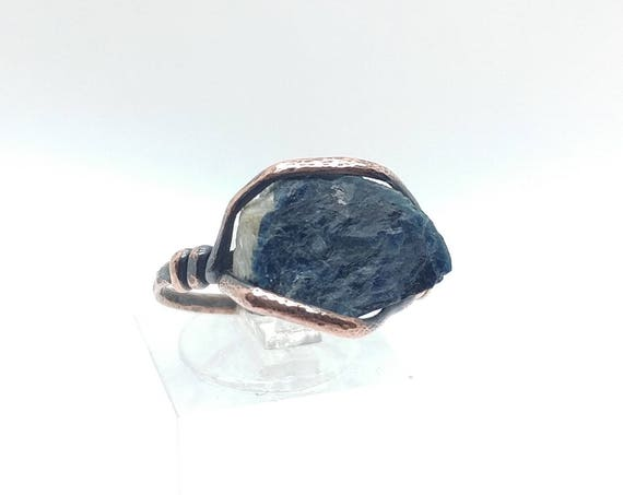 Rustic Mens Ring | Raw Tourmaline Ring | Copper Ring Sz 8.75 | Rough Tourmaline Ring | Rustic Ring | Blue Tourmaline Crystal | Boho Ring