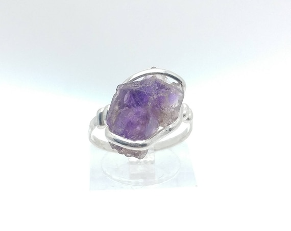 Raw Super Seven Melody Stone Amethyst Quartz Crystal in Hammered Sterling Silver Sz 7 contains Cacoxenite  Lepidocrocite  Geothite  Rutile
