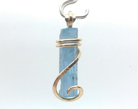 Raw Blue Aquamarine Crystal Pendant in 14kt Gold Fill