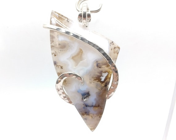 Graveyard Point Plume Agate Pendant Necklace in Hammered Sterling Silver A Rare Stone Found in Fossil Hot Springs Mined in Oregon