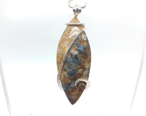 Oregon Widowmaker Blue Plume Agate Pendant in Sterling Silver