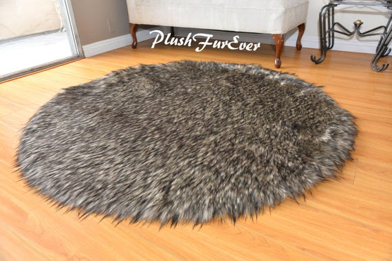 5/' Black Tip Coyote Accent Faux Fur Area Rug Round Shaggy Bearskin SC Love Furs