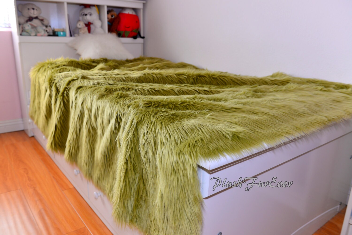 Olive Green Shaggy Faux Fur Premium Bedroom Bedding