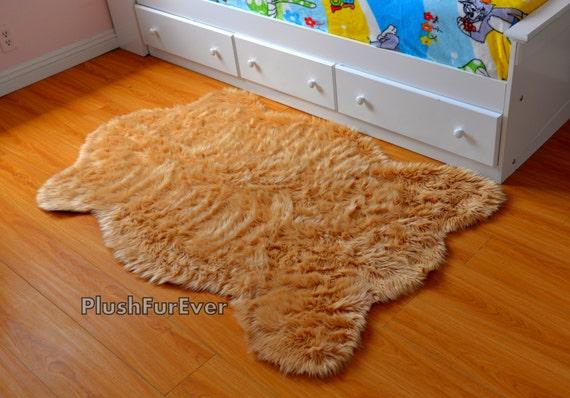 camel beige faux pelz teppich schaffell teppich baby etsy. Black Bedroom Furniture Sets. Home Design Ideas