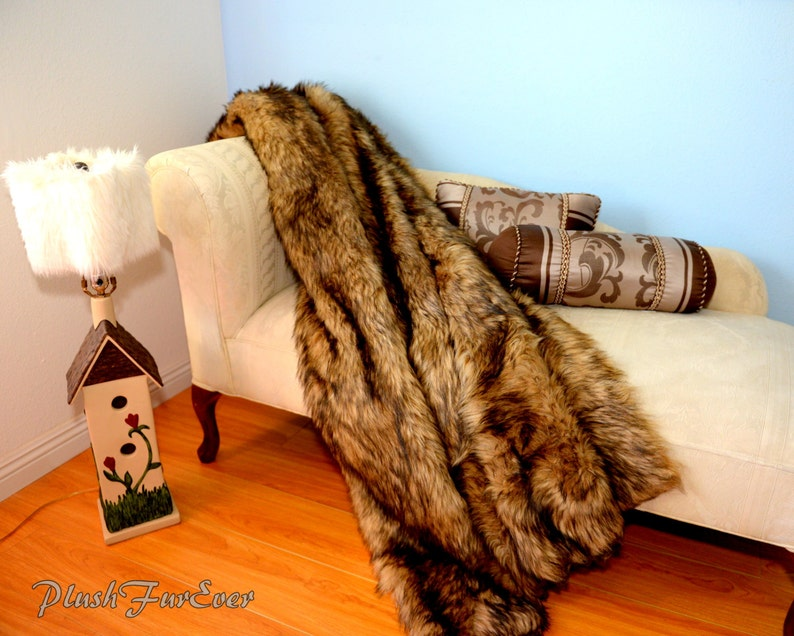 Lodge or Modern Home Decor Grizzly Bear Fur Wolf Fox Faux Throw Bedding Sofa New