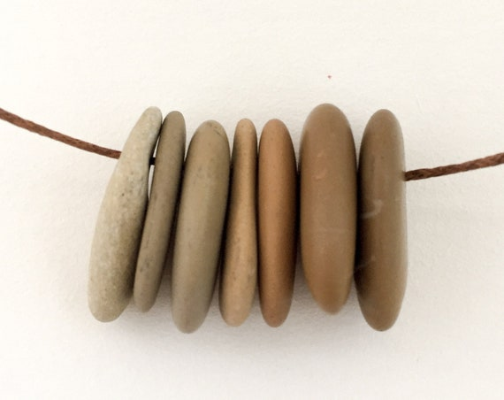 stone necklace FEELING BROWN