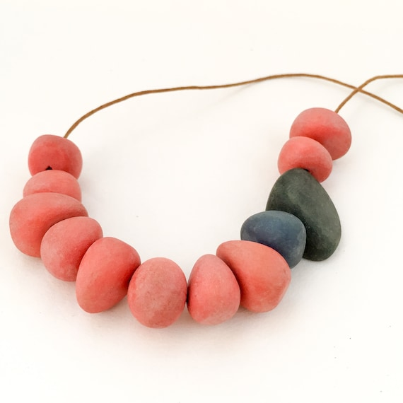bead necklace ANTI PRINCESS