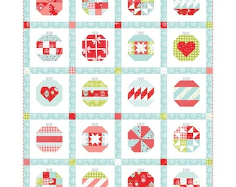 Vintage Holiday Quilt Pattern Fabric Kit - Moda - Bonnie & Camille - KIT55160