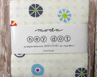 """Hey Dot - Zen Chic - Moda - 42 pieces - 5"""" Squares - Charm Pack - 1600PP"""