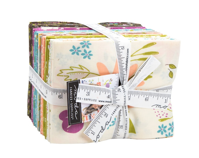 Balboa - Sherri & Chelsi - Moda - 30 Pieces - Fat Quarter Bundle - 37590AB