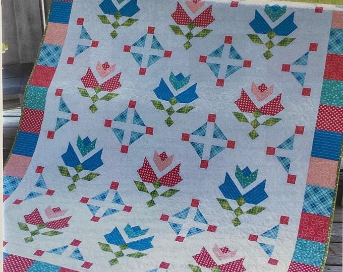 Tulip Fields Quilt Pattern - Moda - It's Sew Emma - Cluck-Cluck-Sew - ISE 157