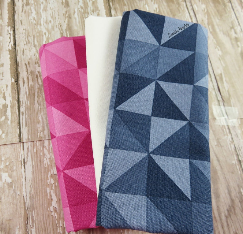 Vanessa Christenson Parasol Mini Quilt Pattern and Fabric Kit VC 1244 Moda V and Co