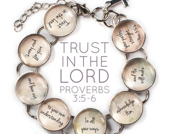 "Trust In The Lord - Proverbs 3 Scripture Glass Charm Bible Verse Bracelet, 6""-8.75"""