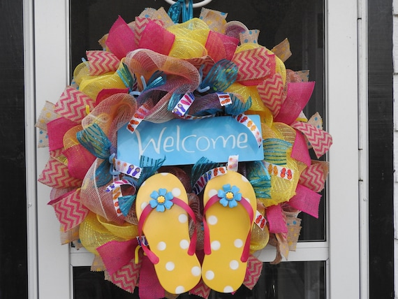 26fc887c5 Welcome Flip Flop Deco Mesh Wreath