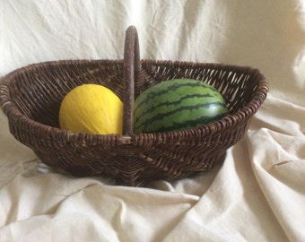 Grape-picker's / willow basket