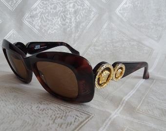 a50d4f1f1a Vintage très rare Gianni Versace Lunettes de soleil véritable MOD. 417/C
