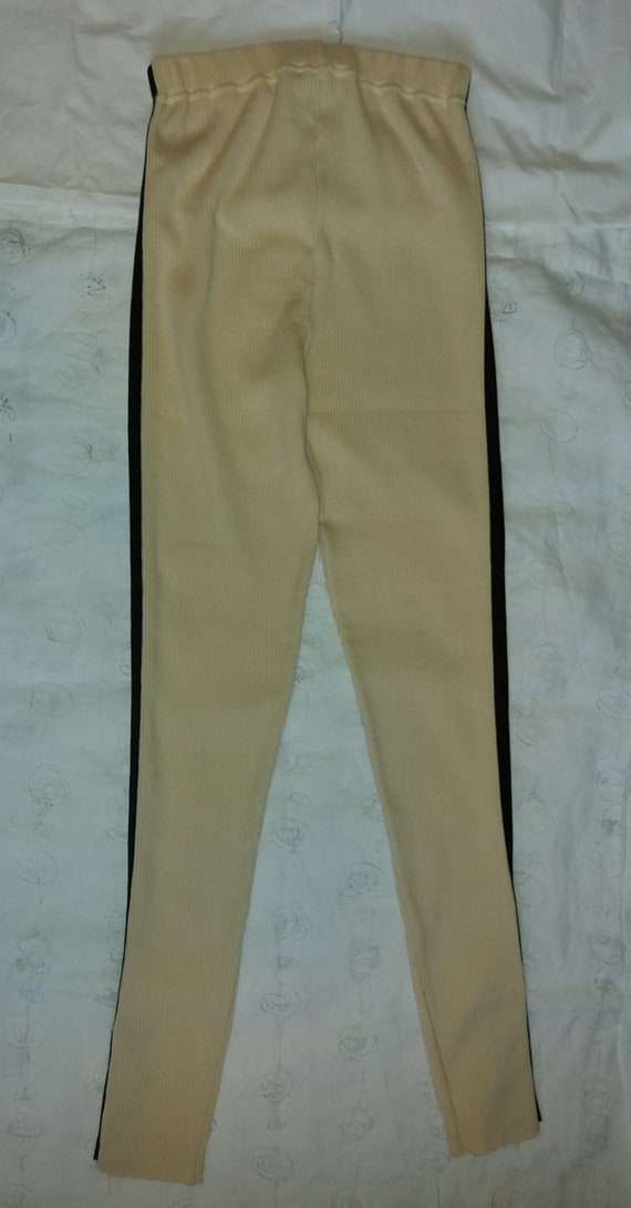 Authentic Chanel Vintage Wool knit Leggings pants… - image 6