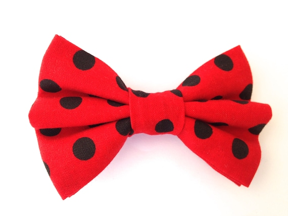 FLUFFY POLKA DOT RED CHRISTMAS BOW TIE