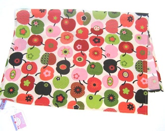 """Dish towel in Retrostyle """"Appleheart"""" Tablemat"""