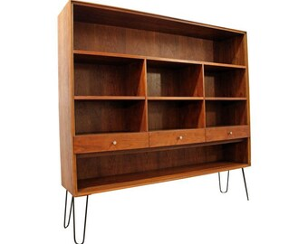 Mid-Century Danish Modern Paul McCobb Walnut Bookcase/Shelf on Hairpin Legs