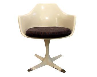 Mid-Century Danish Modern Saarinen-Style White Tulip Arm Dining Chair by Burke