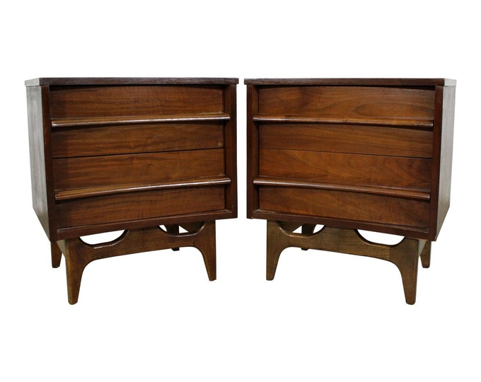 Mid-Century Modern Walnut Nightstands, Modern Nightstands, Pair of Nightstands, Vintage, Sculpted Pulls, Concave