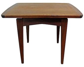 Mid-Century Danish Modern Jens Risom Rosewood End Table