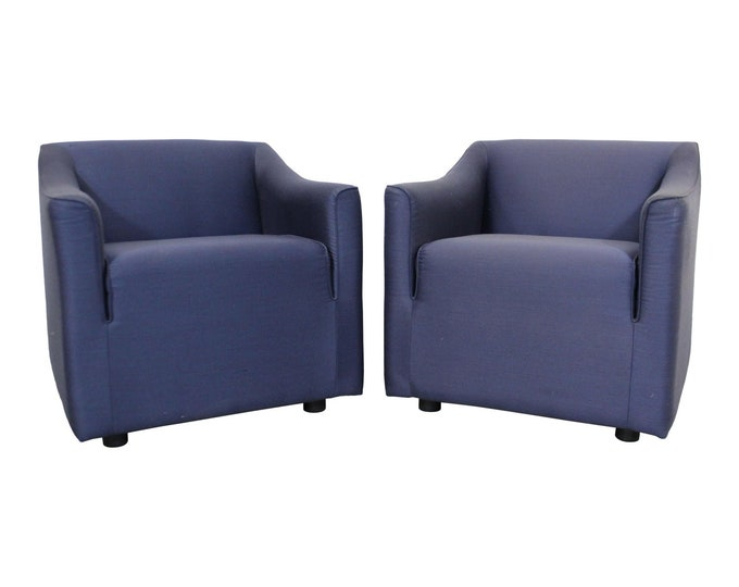 Pair of Vintage Modern Lounge/Club Chairs by Knoll
