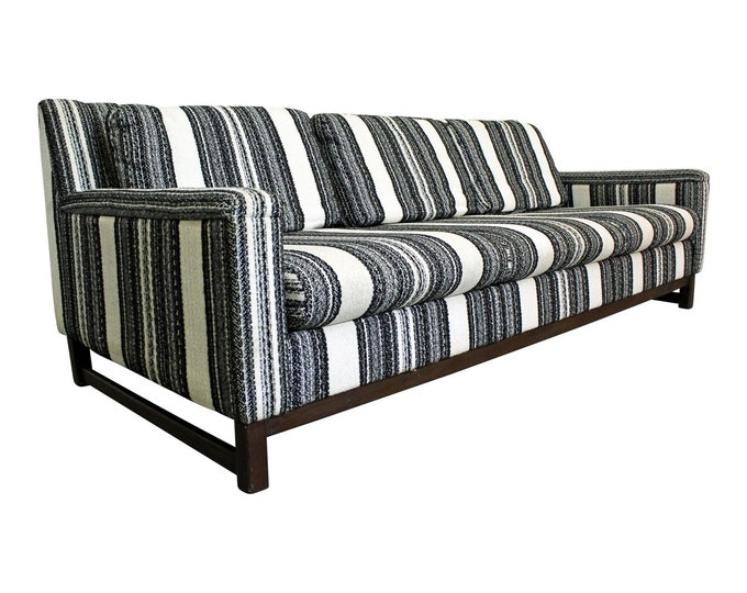 Mid-Century Milo Baughman Sofa Striped 3-Seater by Selig Imerial