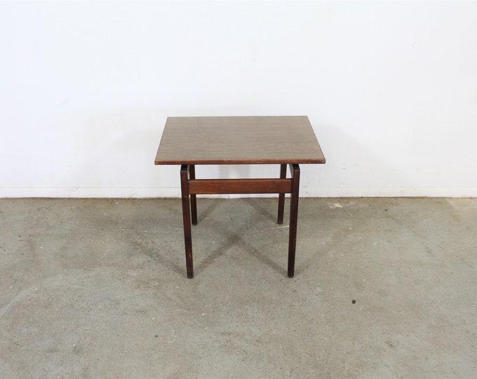 Mid Century Danish Modern Jens Risom Walnut End/Side Table