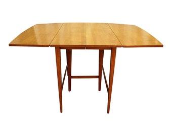 Mid-Century Modern Paul McCobb Planner Group Drop Leaf Dining Table
