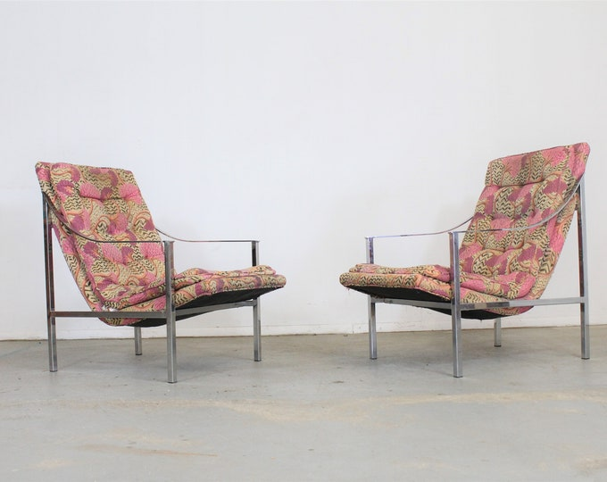 Pair of Mid-Century Modern Milo Baughman Style Chrome Scoop Seat Lounge Chairs