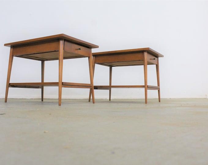 Mid-Century Modern Paul Mccobb Nightstands/End Tables