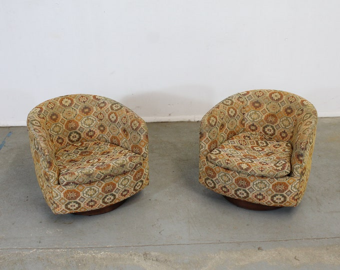 Pair of Mid-Century Modern Milo Baughman Thayer Coggin Swivel Rocker Club Chairs