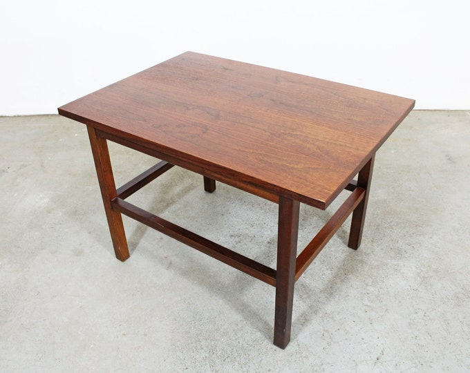 Mid-Century Modern Milo Baughman Founders Attributed Walnut End/Side Table