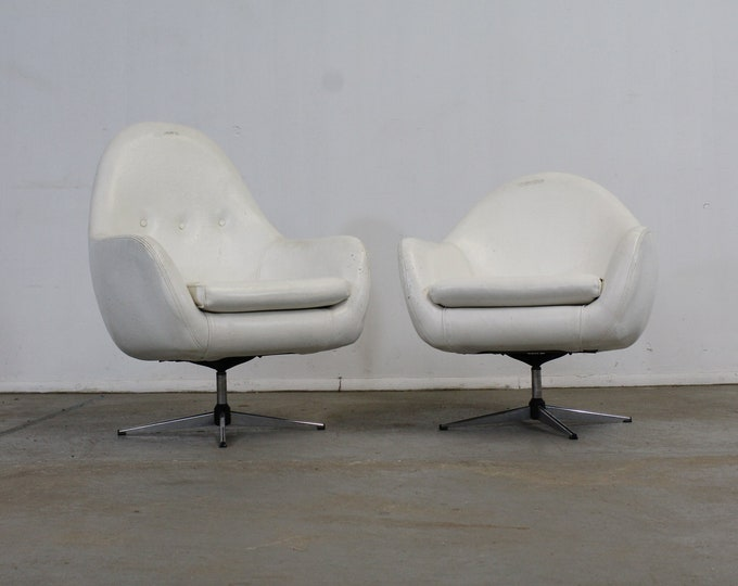 Vintage Mid-Century Modern His & Her Lounge/Pod Chairs - Pair