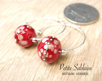 Red Creole earrings in Murano glass and solid silver, made by an Artisan Verrier
