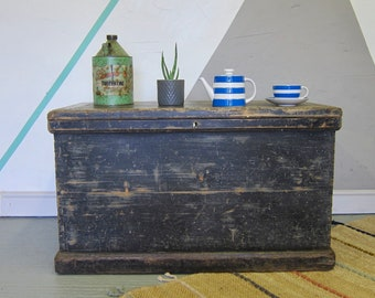 Antique Pine Vintage Trunk Chest Storage Coffee Table