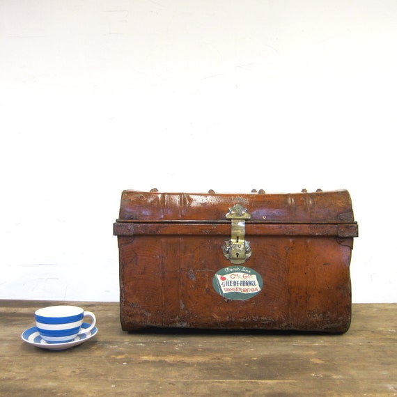 Industrial Metal Trunk Vintage 1930s Tin Toy Box Chest Storage