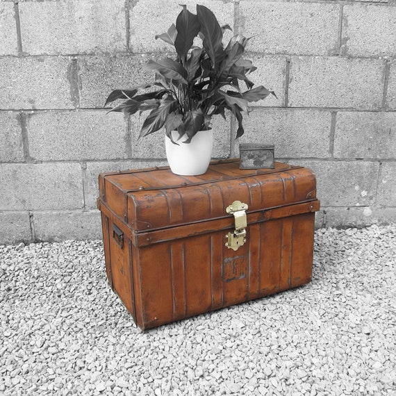 Metal Trunk Vintage 1930s Coffee Table Toy Box Chest Storage Old Original