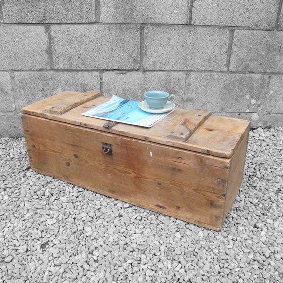 Rustic Pine Wooden Chest Trunk Coffee Table Old 1940s Storage Tools Box
