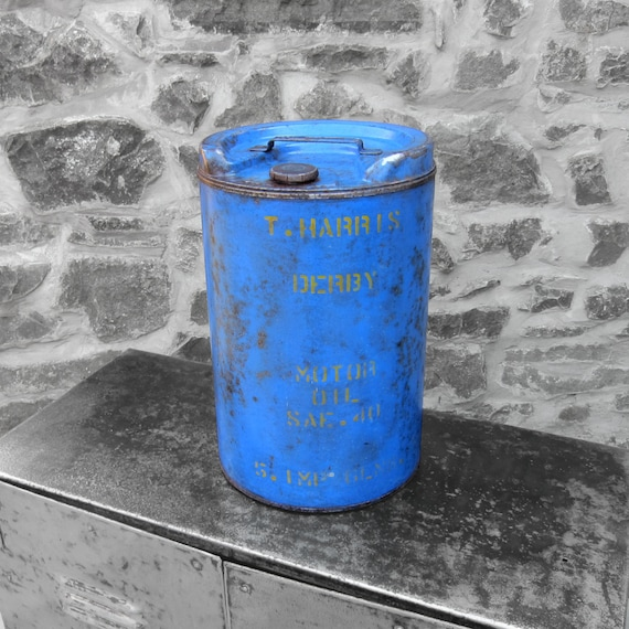 Blue Oil Can Vintage 1950s Old Car Truck Roof Blue Mantiques Display