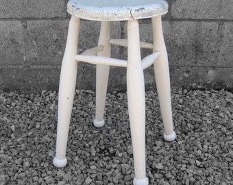 Vintage Farmhouse White Stool - Rustic Turned Leg Dining Seat
